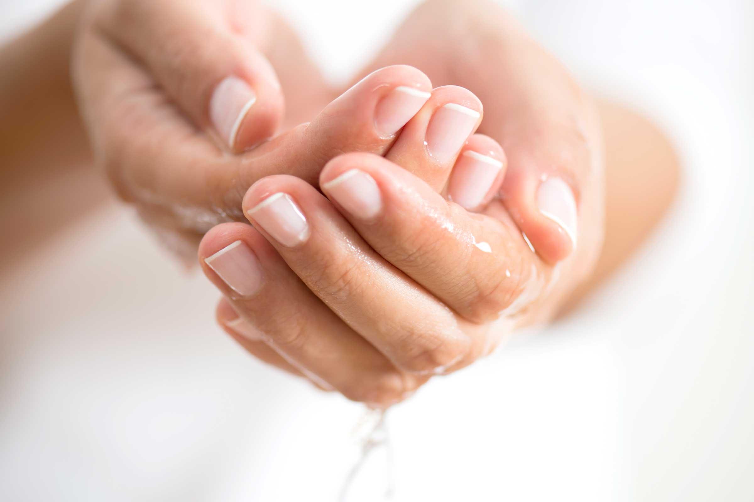 dry hands corona virus quarantine